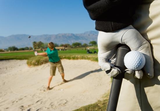 Bushnell Hybrid Golf Laser Rangefinder With GPS Review
